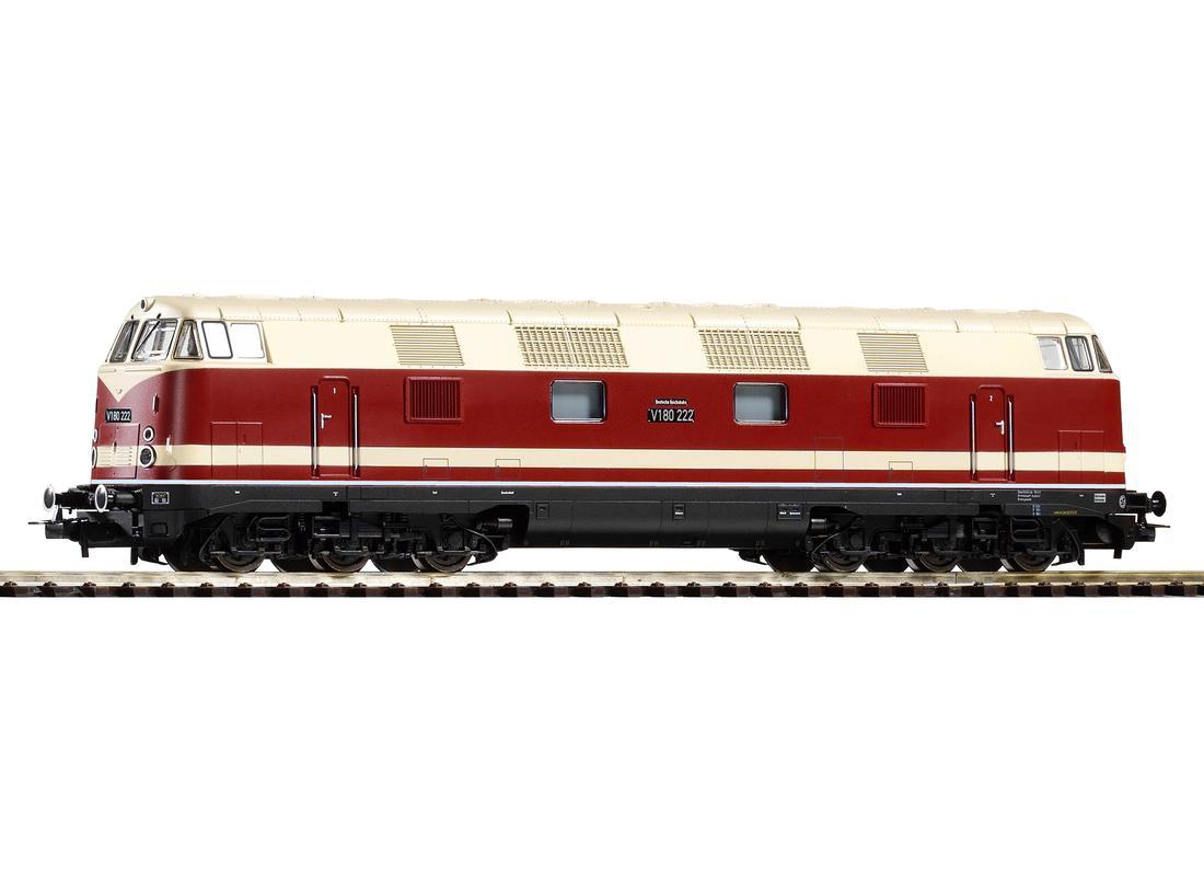 Piko Dieselová lokomotiva BR 118 (V 180) s 6 nápravami DR III - 59587