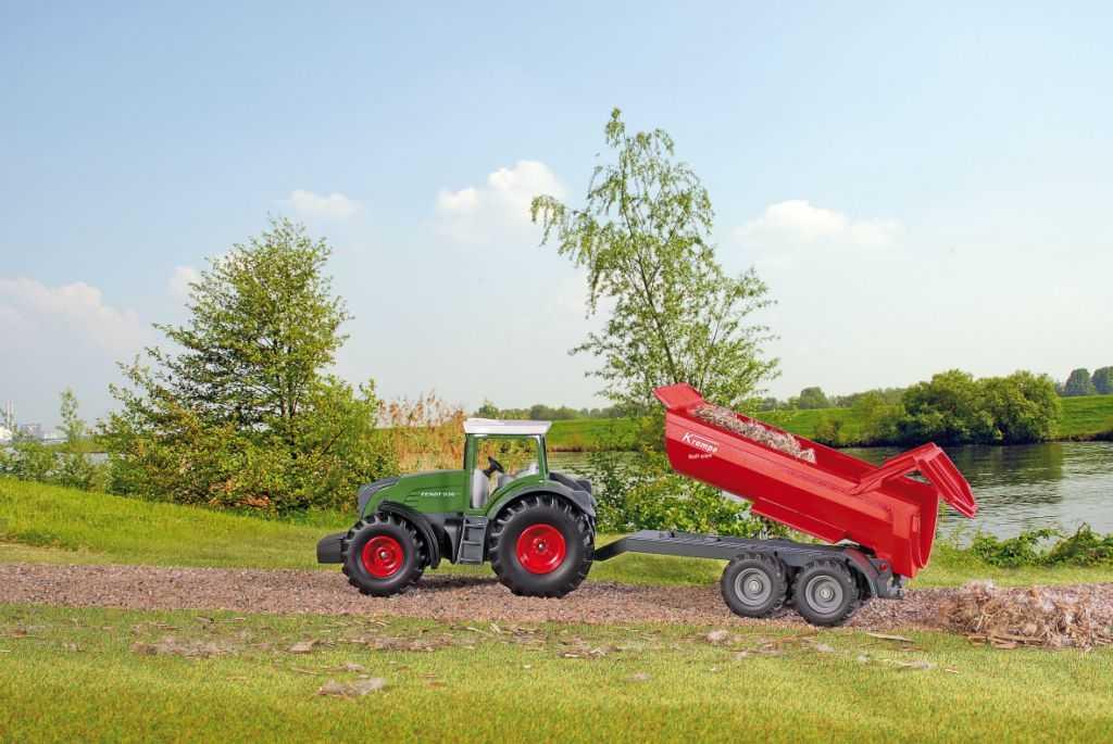 Kovový model - SIKU Farmer - Sklápěcí přívěs červený 1:50