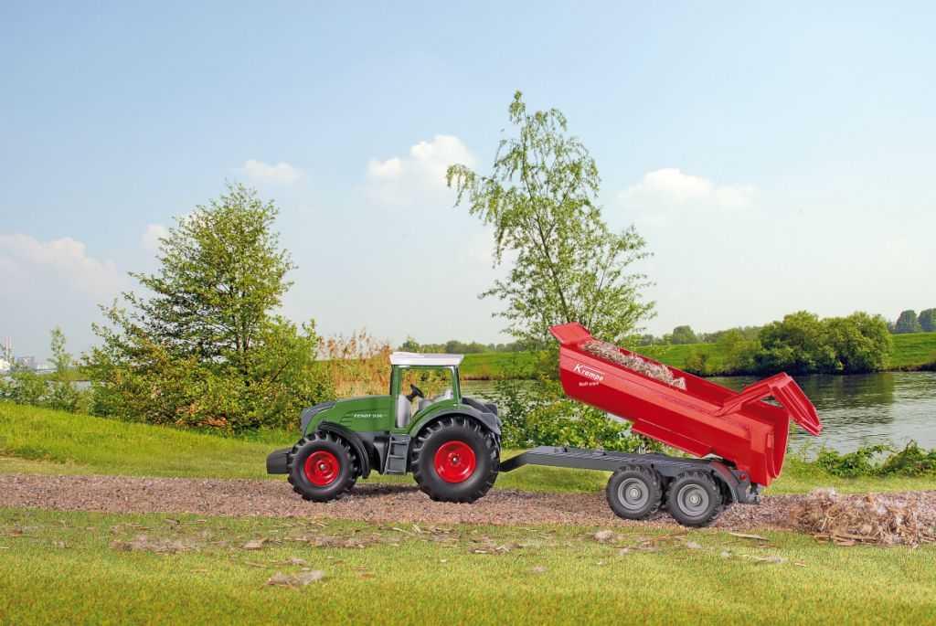 Kovový model - SIKU Farmer - traktor Fendt 939, 1:87