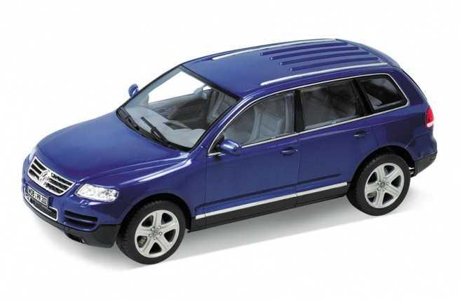 Welly - Volkswagen Touareg 1:24 modrý