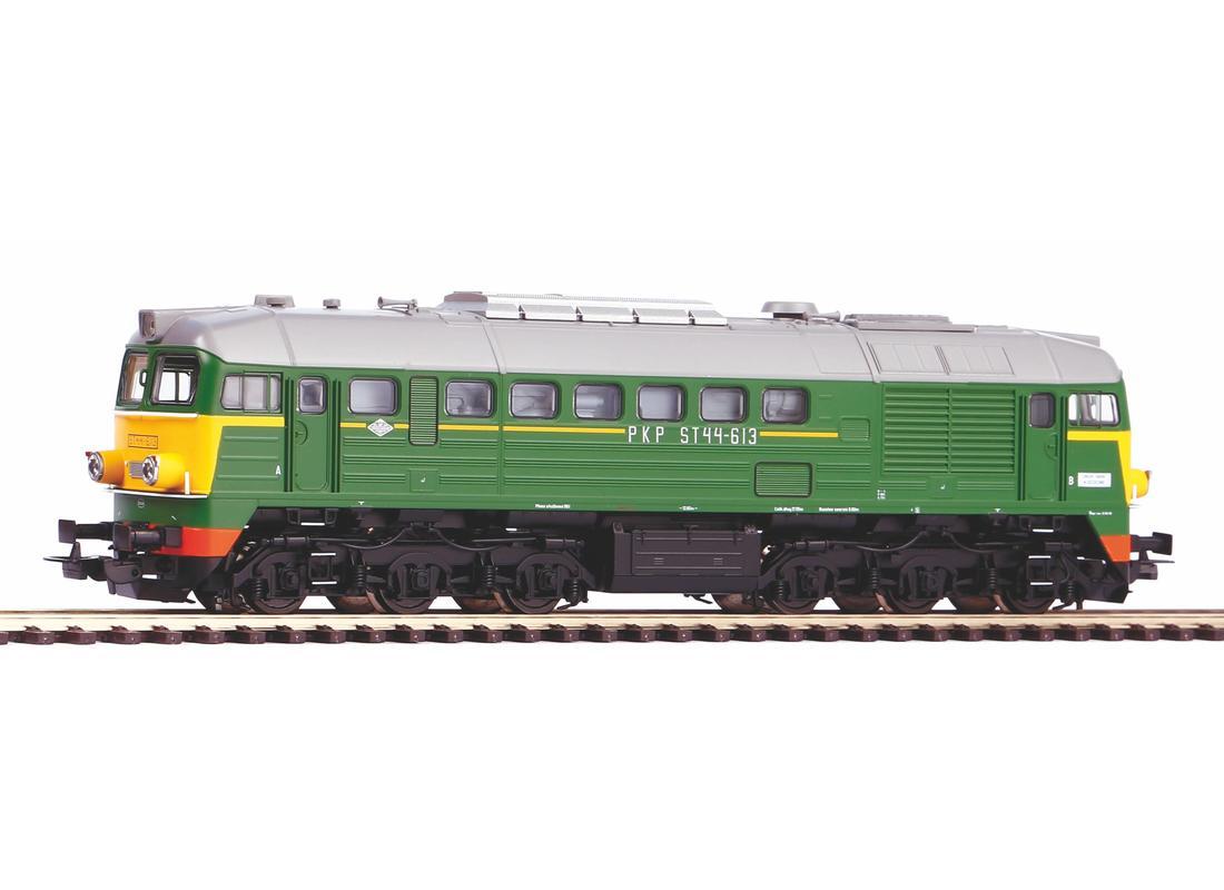 Piko Dieselová lokomotiva V200 ST44 PKP IV - 52805