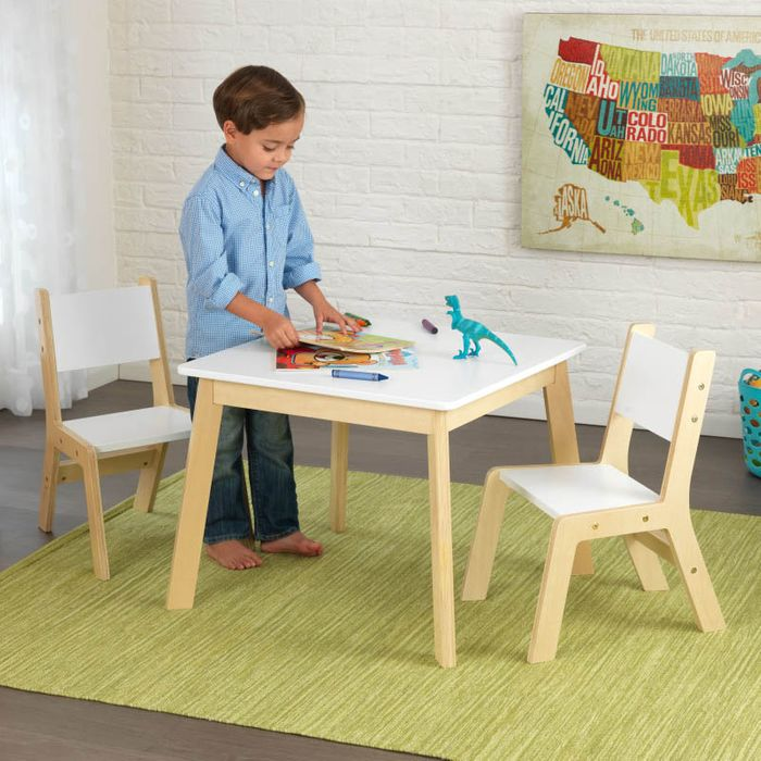 KidKraft Moderní set stůl a 2 židle bílé
