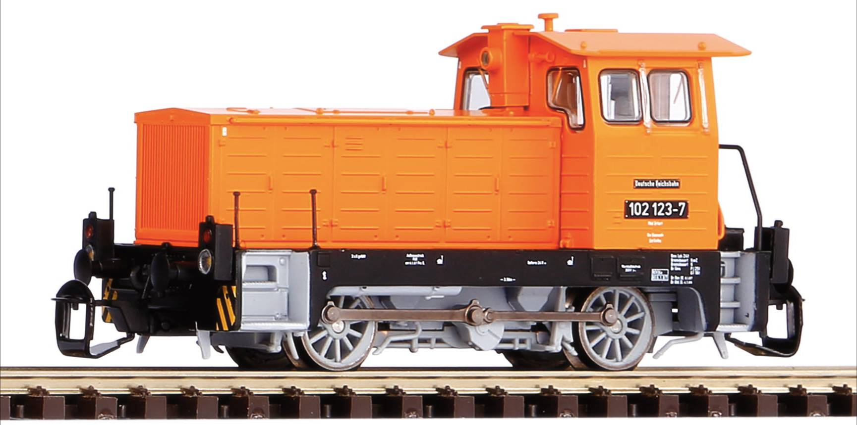 Piko Dieselová lokomotiva BR 102.1 DR IV - 47503