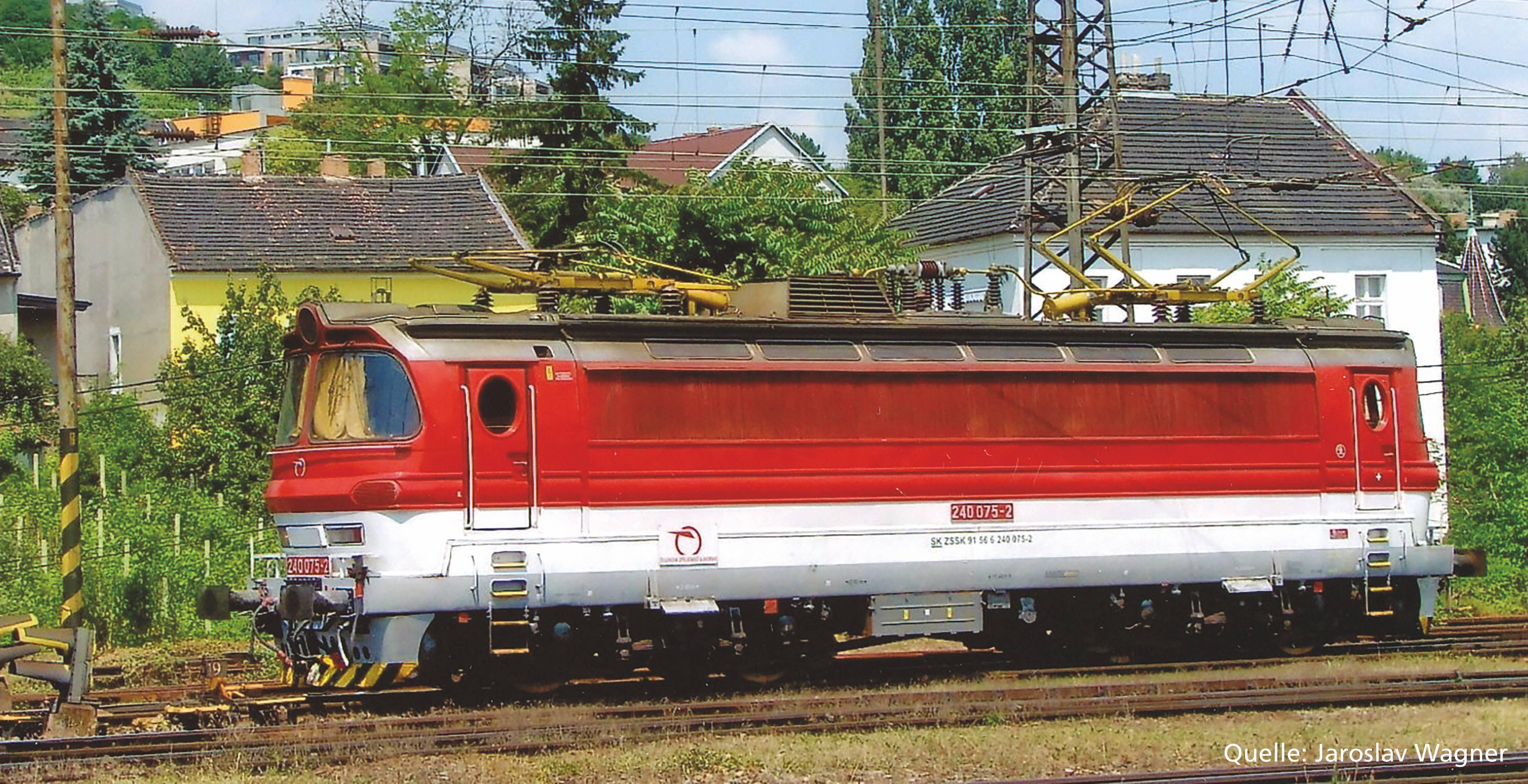 """Piko Elektrická lokomotiva vč. dig. dekodéru BR 240 """"Laminátka"""" ZSSK VI - 51388"""