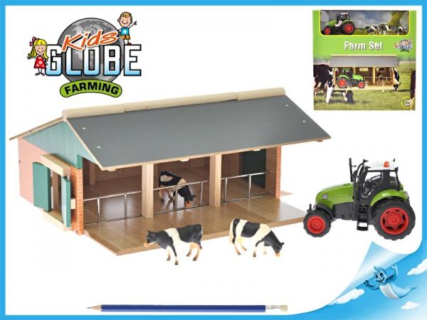 Dřevěná farma s traktorem na baterie a kravičkami