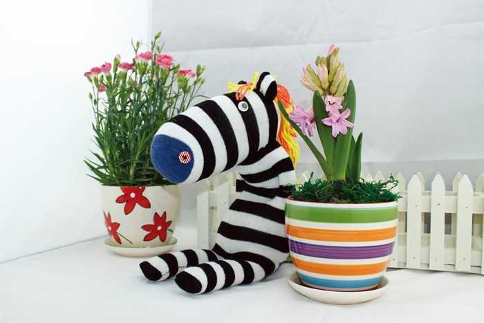 Kreativní hračka - Postavička z punčochy Zebra