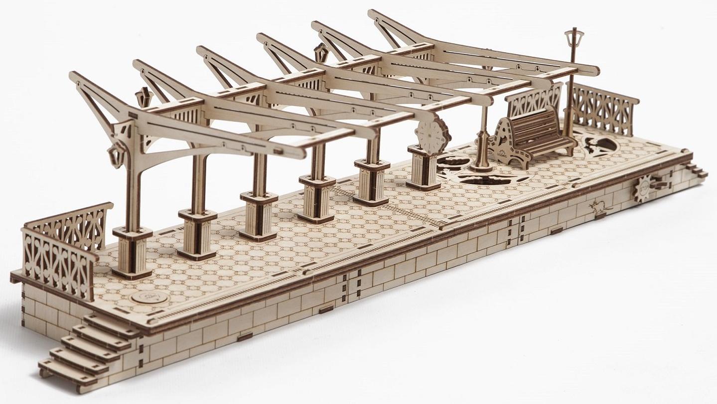 Ugears 3D dřevěné mechanické puzzle Železniční nástupiště