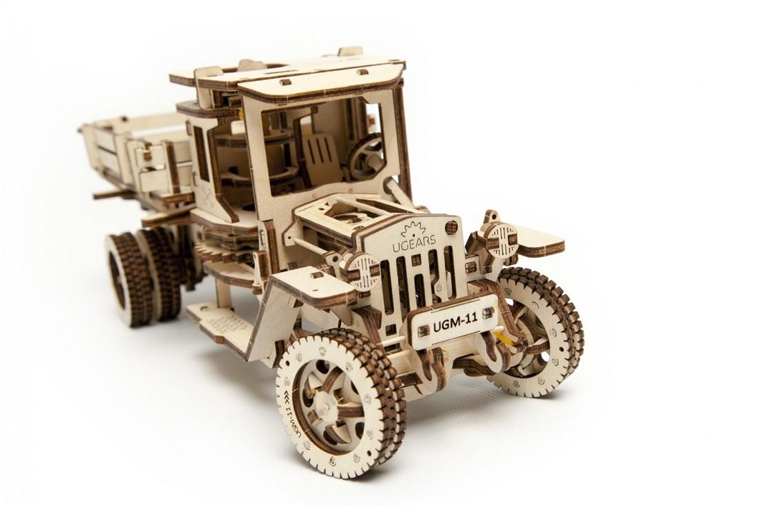Ugears 3D dřevěné mechanické puzzle UGM-11 Náklaďák