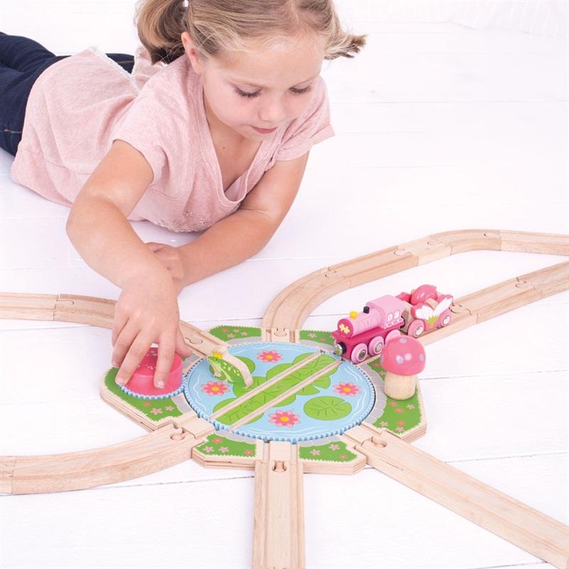 Dřevěné vláčkodráhy Bigjigs Rail - Velká točna Lilypad