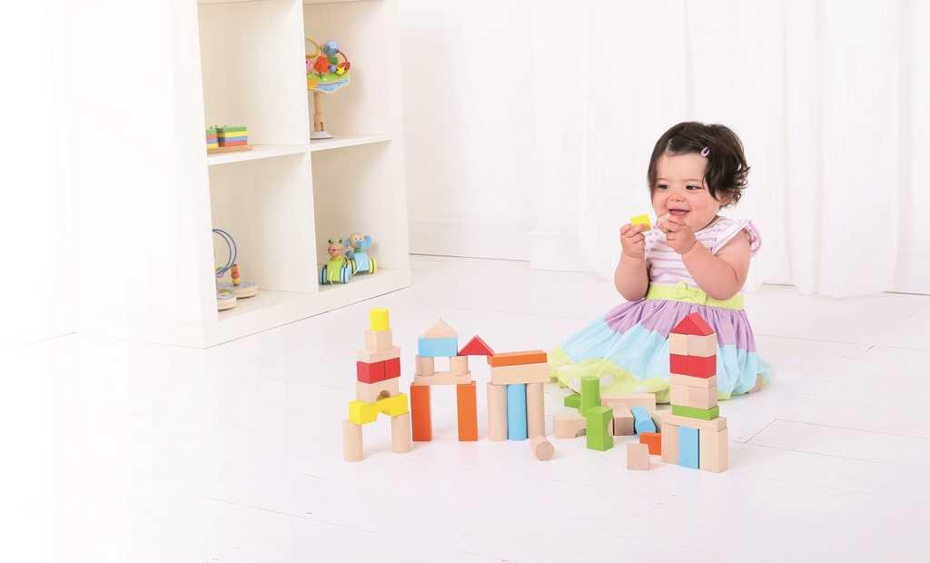 Bigjigs Toys barevné kostky v kyblíku 50 ks