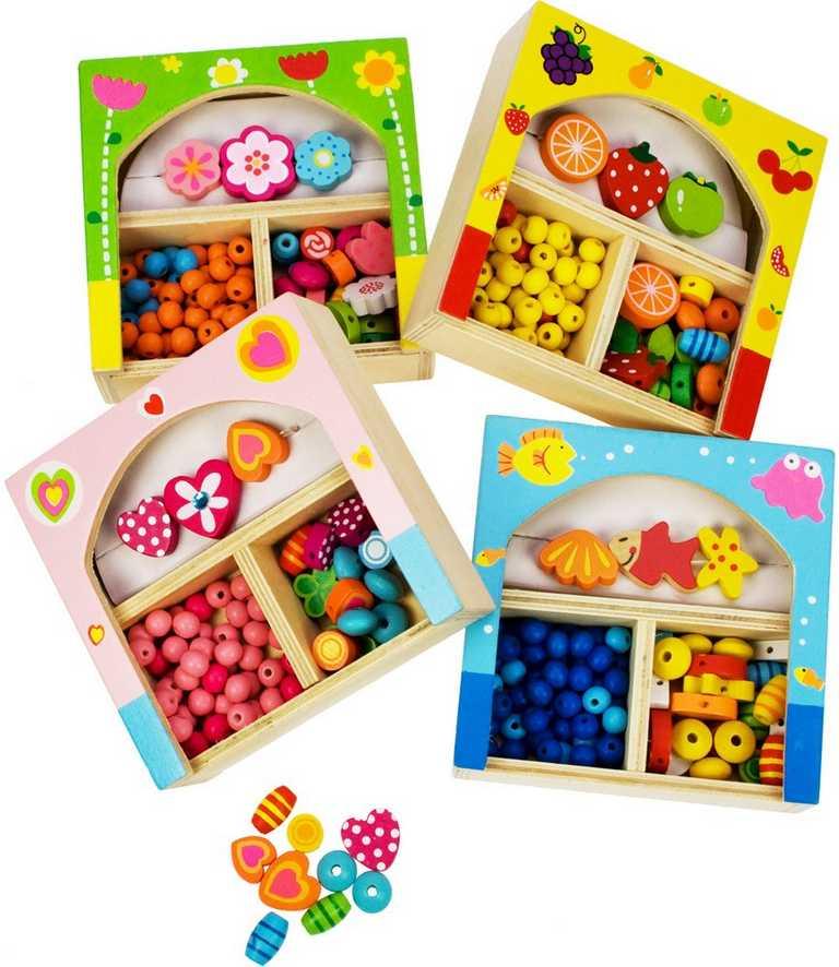 Bigjigs Toys dřevěné navlékací korále v krabičce - malé 361e184a2b