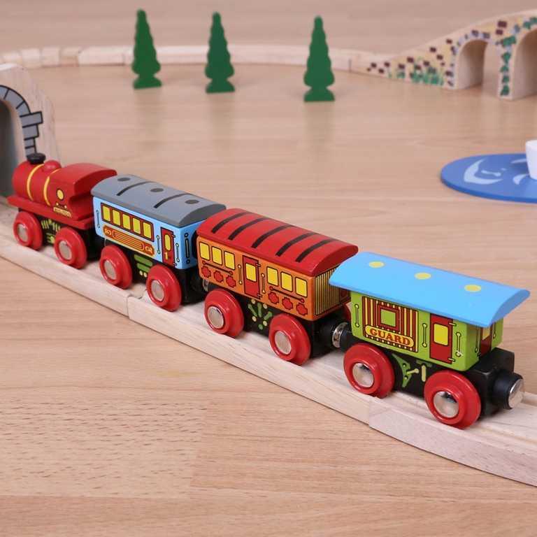 Dřevěný vláček vláčkodráhy - Osobní vlak + 3 koleje
