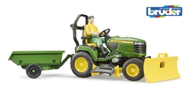 Bruder Zahradní traktor John Deere X949 se zahradníkem
