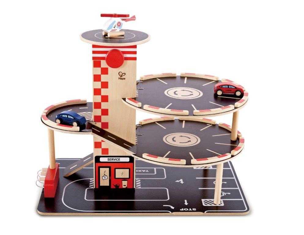 HAPE dřevěné hračky - dřevěná vícepatrová garáž