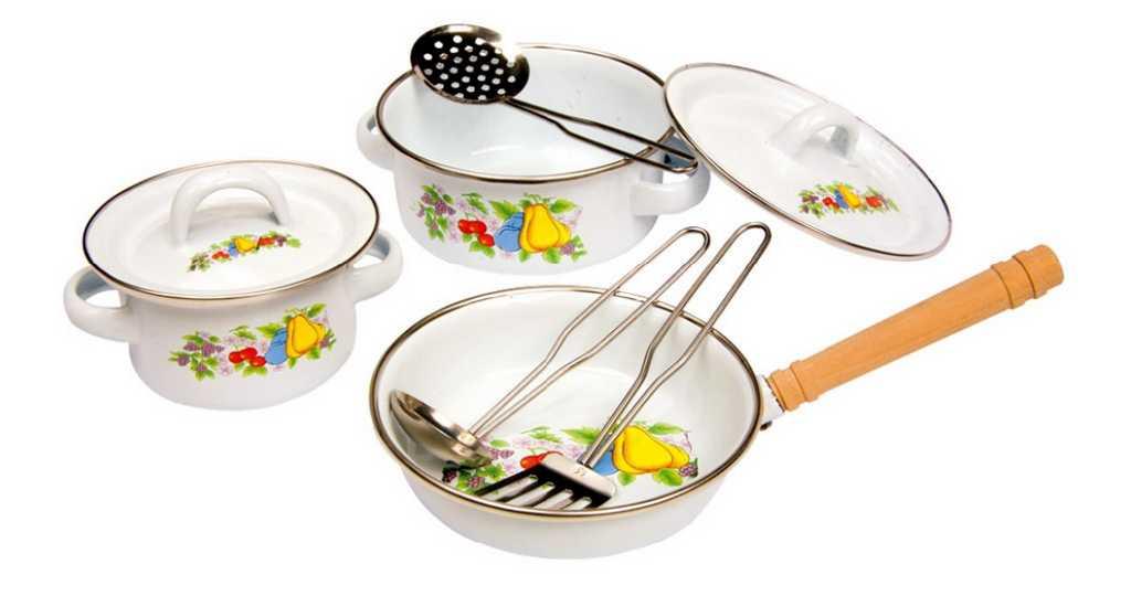Small Foot Dětské kovové nádobí s motivem ovoce 8 kusů
