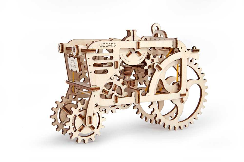 Ugears 3D dřevěné mechanické puzzle Traktor