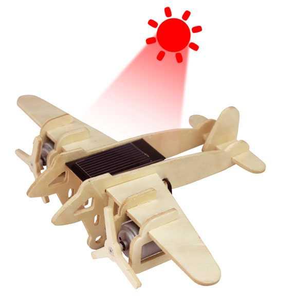RoboTime - Vojenské solární letadlo Bombardér - P330