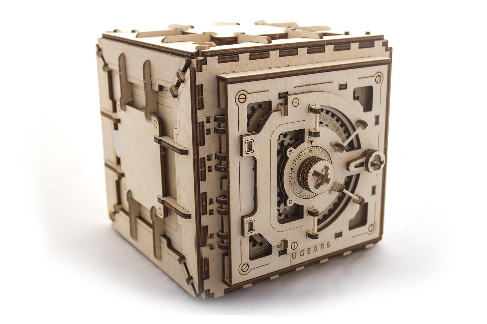 Ugears 3D dřevěné mechanické puzzle Trezor