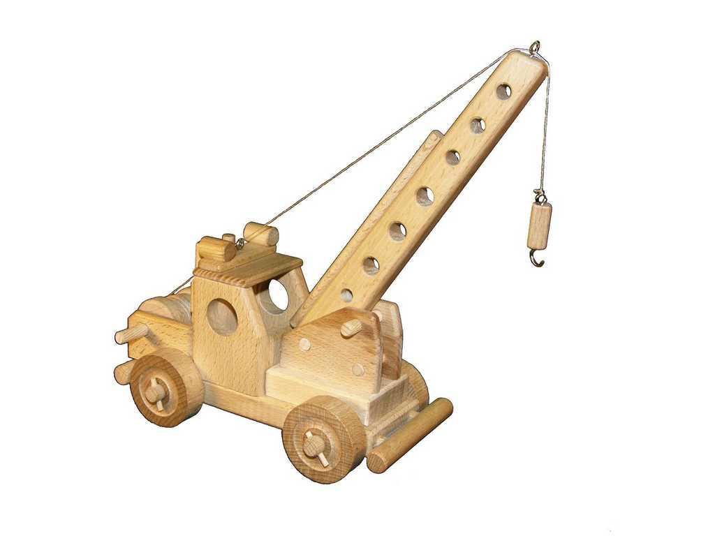 Ceeda Cavity - dřevěné auto - Jeřáb