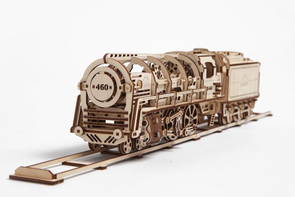 Ugears 3D dřevěné mechanické puzzle Parní lokomotiva s vagónem