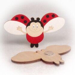 Dřevěné magnetky - Beruška letící