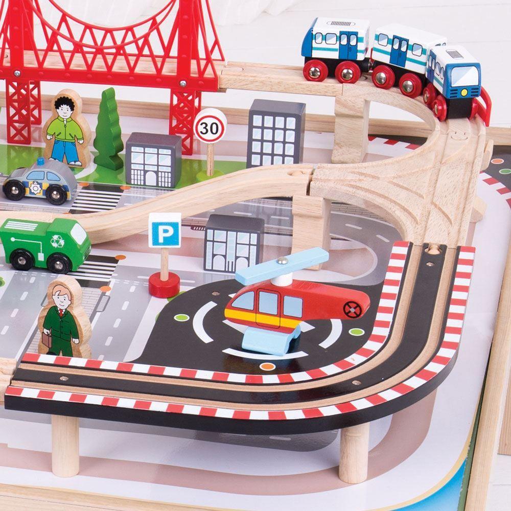 Bigjigs Rail Vláčkodráha City se stolem