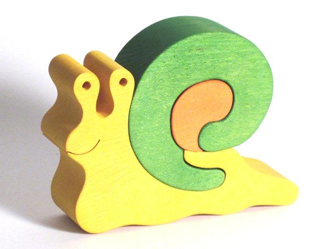 Fauna Dřevěné vkládací puzzle z masivu velký šnek zelený