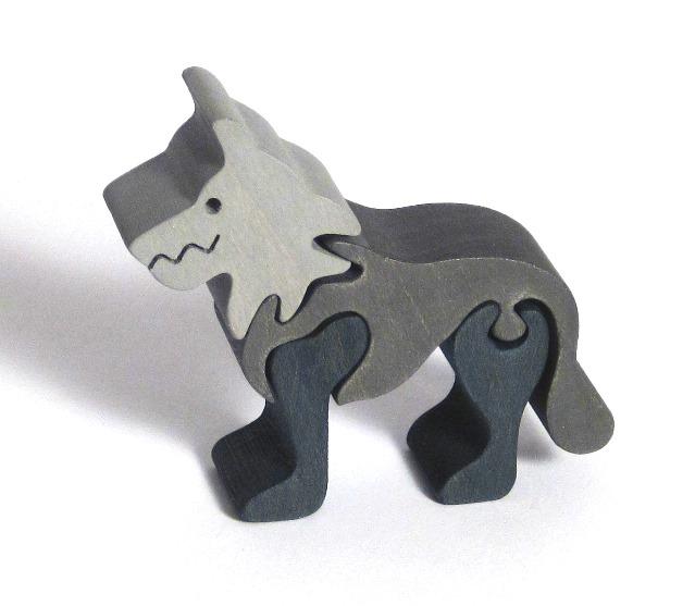 Fauna Dřevěné vkládací puzzle z masivu malý vlk